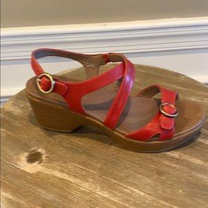 Dansko leather sandals size 8 like new!